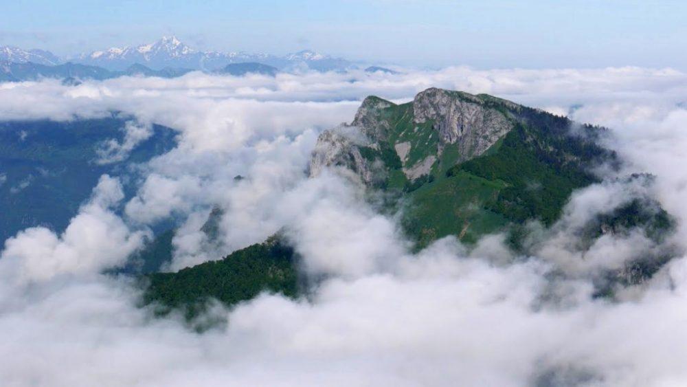 Mer de nuage en haut du Cagire
