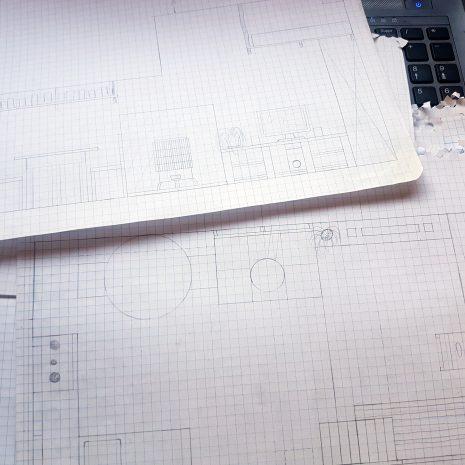 Planification et multiples plans dessinés pour nous aider durant la phase de déménagement